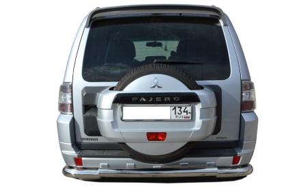 Защита заднего бампера Mitsubishi Pajero 4 2006 большая угловая d76